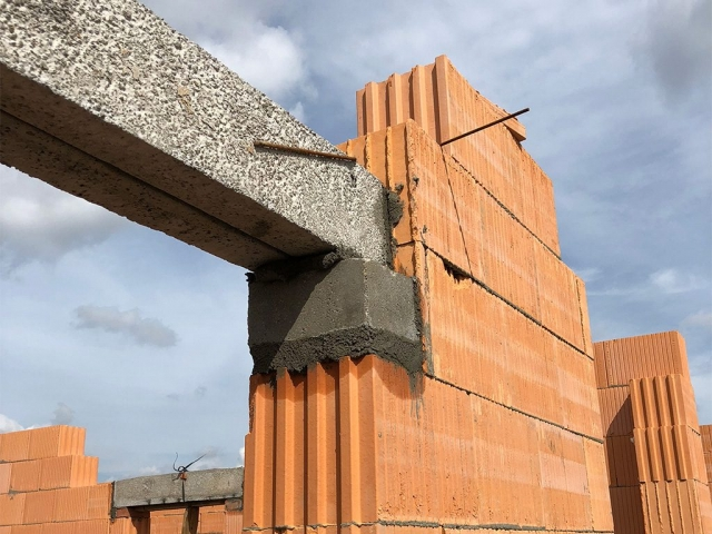 Bielany Legnickie - 2 etapy budowy